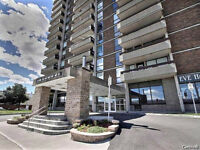 AFFORDABLE PRICE CONDO AT A WALKING DISTANCE FROM OTTAWA! WOW!