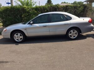 MINT Condition 2001 Ford Taurus SEL V6 113898 KM
