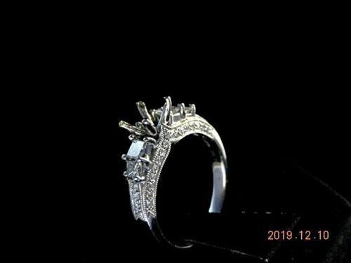 ESTATE 18K WHITE GOLD RING MOUNTING WITH DIAMONDS     NR