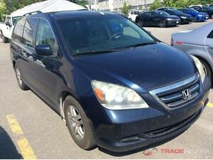 2005 HONDA ODYSSEY 8 PASSAGERS CUIR TOIT OUVRANT PROPRE