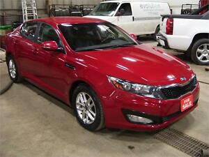 2013 Kia Optima LX  Engine has 22000 kms