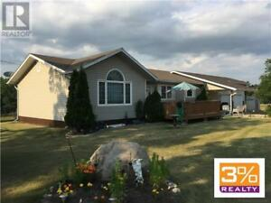 R37//Sidney/3+2 bedroom 1700+sqft bungalow ~ by 3% Realty