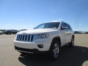2011 Jeep Grand Cherokee OVERLAND features; 5.7L V8 Engine, Lea