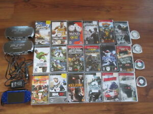 PSP W/22 GAMES CHARGER & CASE
