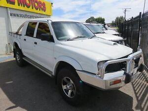 2003 Mitsubishi Triton GLX-R White 5 Speed Manual Dual Cab Reynella Morphett Vale Area Preview