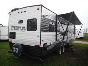 2016 Puma 30RKSS Rear Kitchen Travel Trailer with Slide Stratford Kitchener Area image 3