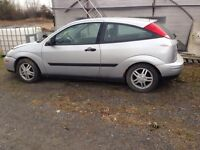 Ford focus hatchback 2000 low mileage!!