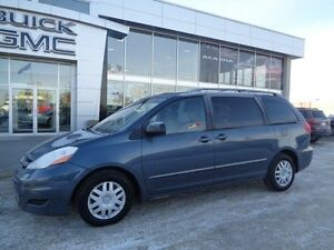 2007 Toyota Sienna CE - 7 Passenger, Rear DVD, 150+ Point Inspec