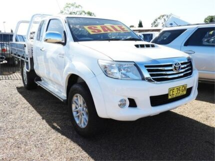 2007 Toyota Hilux KUN26R MY07 SR White Manual Cab Chassis Mount Druitt Blacktown Area Preview