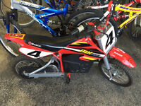 RAZOR MX500 EBIKE with battery and charger pack!