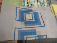 Kingsize quilt cover with 2 matching pillow cases - Blue square pattern