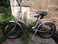 1970'S Raleigh shopper vintage bike- new tyres, working 4 gears, gel velo seat