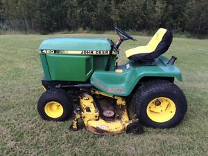 John Deere 420 heavy duty lawn tractor 60'' deck,,,Low hrs !