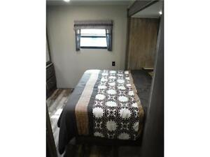 2017 Puma 32FBIS 2 bedroom Travel Trailer with Outside kitchen Stratford Kitchener Area image 13