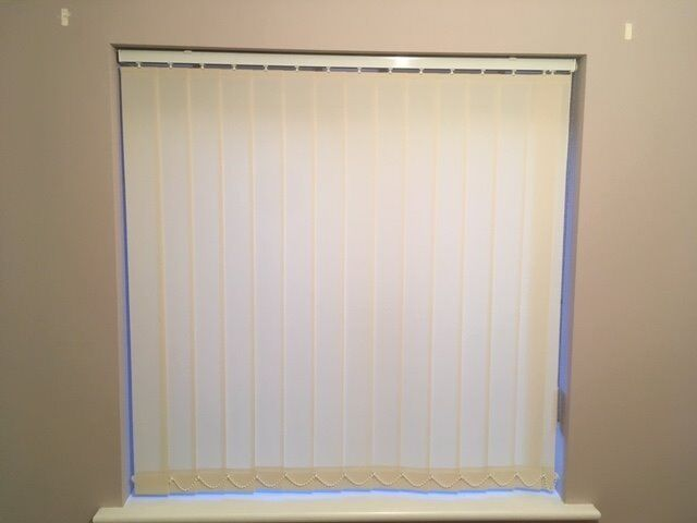 Vertical Blind Ivorycream 22 12 Inches X 38 12 Inches In