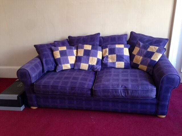 SOFA BED ex Gilliessturdy metal frame, one cushion repaired tearcant be seenin Tayport, FifeGumtree - Sofa bed double frame sturdy, great quality. Tear cannot be seen as at back of cushion.Ex Gillies very heavy, 2 people minimum to move £50 ono