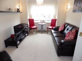 1 Bed Fully Furnished Flat for rent in sought after Paisley area