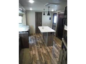 2017 Puma 32FBIS 2 bedroom Travel Trailer with Outside kitchen Stratford Kitchener Area image 18