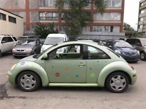 2000 Volkswagen New Beetle 4Cylinder 2.0L Toit Ouvrant, Cuir,A/C