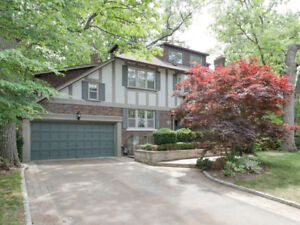Home for Lease in Coveted Baby Point Neighbourhood
