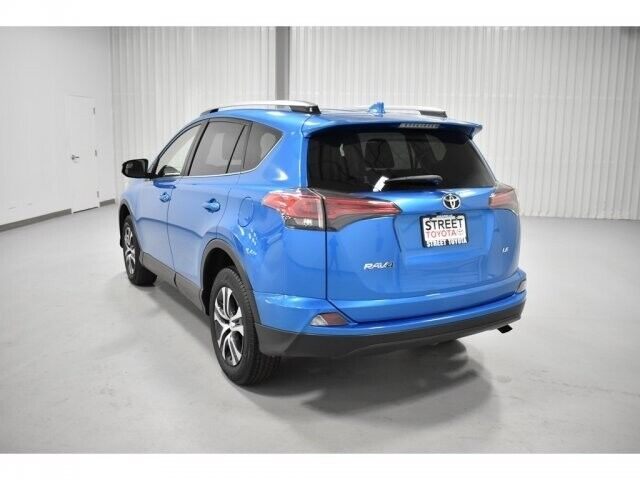 Image 3 Voiture American used Toyota RAV4 2017