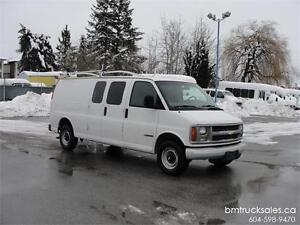 1999 CHEVROLET EXPRESS 2500 EXTENDED CARGO **ONLY 66,000KM**