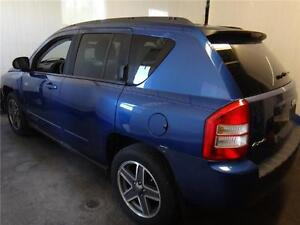 Jeep Compass  4X4 NORTH EDITION* SAFETY AND E-TEST INCLUDED !! Kitchener / Waterloo Kitchener Area image 7