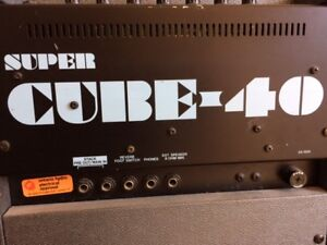 Vintage Roland Super Cube 40 - For parts or repair. 175 obo.