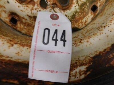 Carlisle 9.5l-14sl Implement Tire On 6 Lug Rim Tag 044