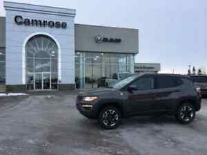 2017 Jeep New Compass Trailhawk, AWD and HEATED STEERING WHEEL
