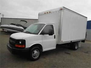 CHEVROLET CUBE VAN 3500 *FACTORY WARRANTY, ONE OWNER, LOW KMS*