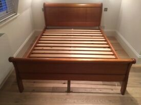 Oak sleigh bed - King Size