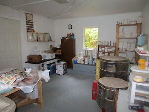 Lovely Home on Almost 3 Acres!! Belleville Belleville Area image 8