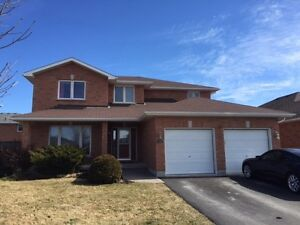 Large Brick Home with Loads of Natural Light - 72 Hemlock Cres
