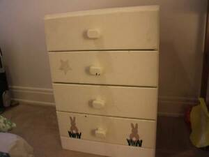 Children's chest of drawers Brighton Bayside Area Preview