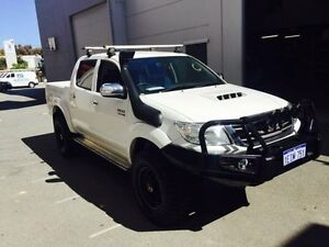 2013 Toyota Hilux KUN26R MY12 SR5 (4x4) White 5 Speed Manual Dual Cab Pick-up Beckenham Gosnells Area Preview