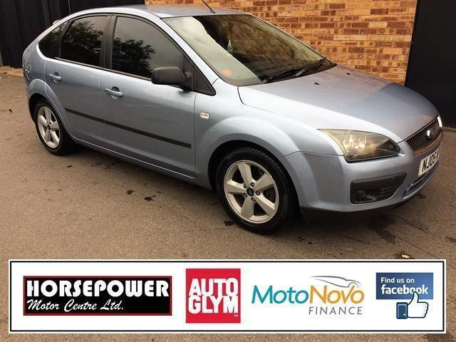2005 Ford Focus 1.6 Zetec Climate 5dr Petrol blue Manual