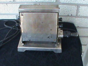 Vintage 2 Slice Toaster With Cord