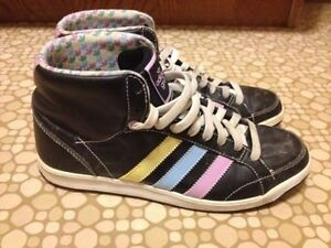Ladies Size 8 Adidas Hightop Sneakers St. John's Newfoundland image 7