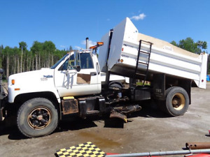 1993 Top Kick Dump c/w front plow & belly plow In Salmon Arm
