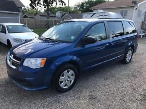 2011 Dodge Grand Caravan, Stow'n'Go, 7 Seater, Clean
