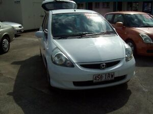 2005 Honda Jazz GD MY05 GLi White 5 Speed Manual Hatchback Capalaba West Brisbane South East Preview