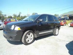 low mileage!!! 2010 Jeep Compass North Edition 4x4 BLACK !!!!