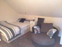En suite room, Old Swan, L13, ALL BILLS INC!