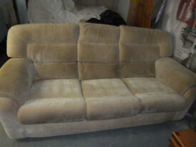 3 Seater Settee & Armchair - Top Quality Ashwood Design
