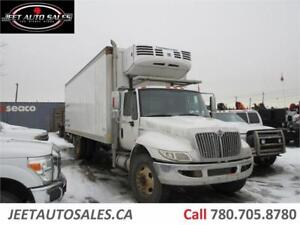 2010 International 4400 Durastar Reefer Truck with 26 FT Box
