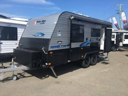 2017 New Age Manta Ray Ensuite Rear Entry Door Enduro