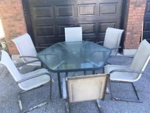 Patio Table & Six Chairs ***DELIVERY AVAILABLE***