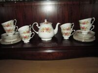 Vintage English China Tea Service for 8 persons