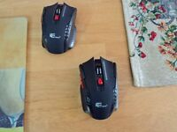 Brand new. 2.4 Ghz 6D Wireless Gaming Mouse.